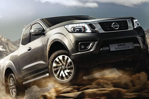 Nissan NP300 Navara Acenta Plus 2.3L DCi 190PS 4WD EURO 6 Double Cab Auto with Diff Lock