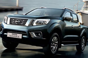 Nissan NP300 Navara Tekna 2.3L DCi 190PS 4WD Euro 6 Double Cab Metallic with Sunroof and Diff Lock